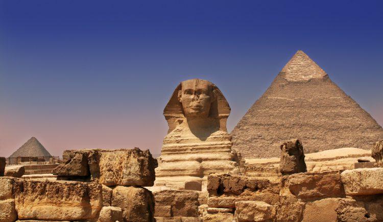 Pyramide und Sphinx in Ägypten - Sam valadi