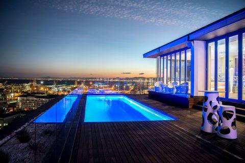 Pool von der The Vue Skybar, Kapstadt
