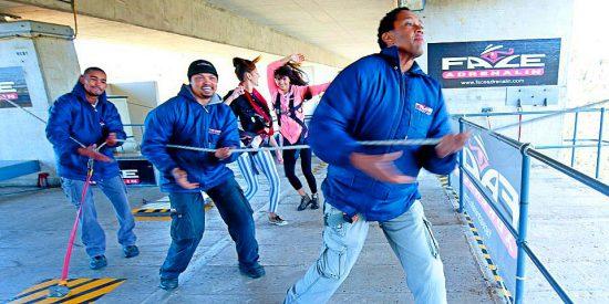 Equipe da Face Adrenalin — bungee jump na África do Sul
