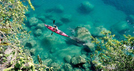 Lac Malawi aussi appelé Lac Niassa à la frontière avec le Mozambique et le Malawi.
