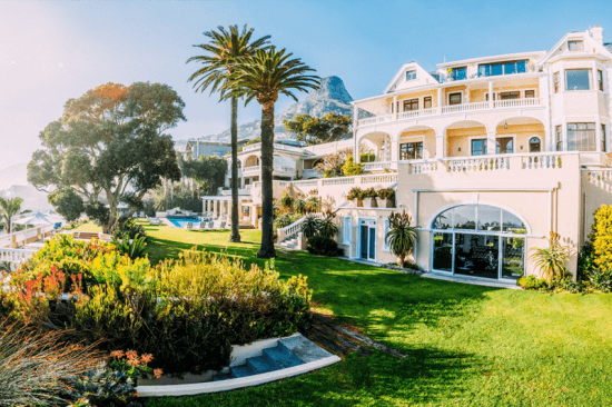 Hospedagens de luxo na África: Fachada de Ellerman's House, em Cape Town