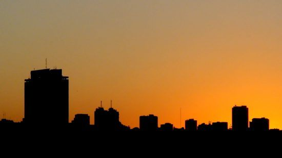 Skyline Mapute bei Sonnenuntergang