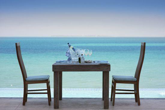 Essen am Strand, Villa Santorini