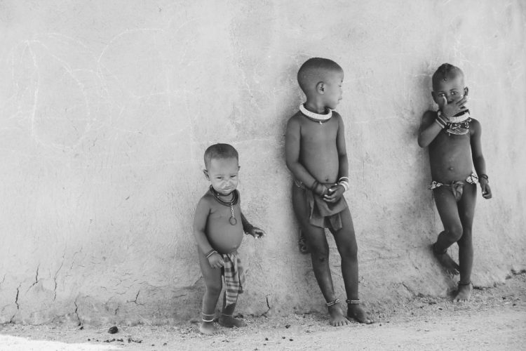 Kamanjab, inland of Namibia where there is a small Himba community looking after orphaned Himba children. Photo credit : Jessica Mulder