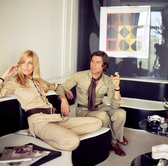 Betty e Francois Catroux nos anos 70, vestindo trajes de safári