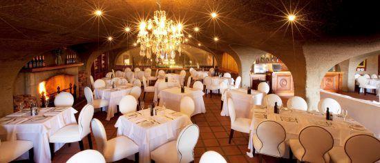 O cintilante restaurante de Haute Cabrière nas Vinhas do Cabo