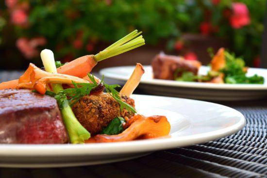 Fleischgericht mit Gemüse