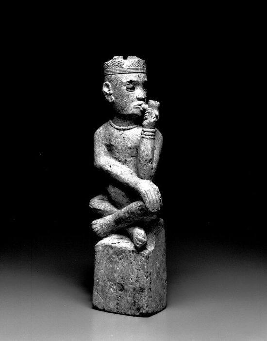 Ein Grabstein aus dem Königreich Kongo