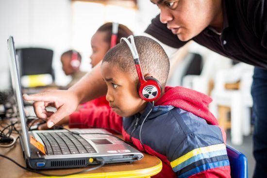 La click foundation education et nouvelles technologie