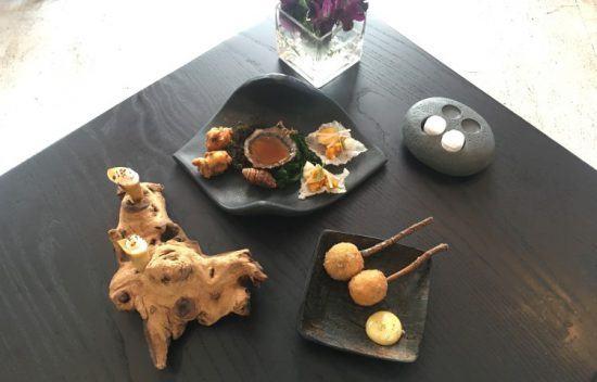 Aufwändig angerichtetes Essen im Greenhouse Restaurant, Fine Dining Kapstadt
