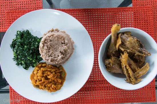Uma refeição típica do Zimbábue.
