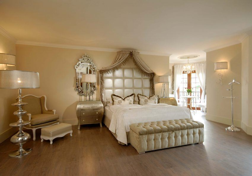 Luxuriöses Zimmer im Hotel Heinitzburg