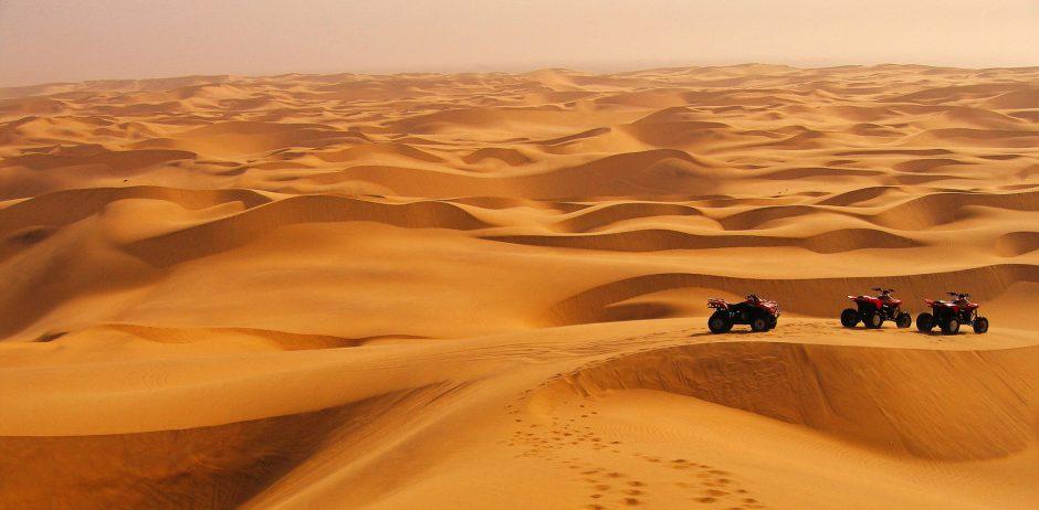 Quads en el desierto en Namibia