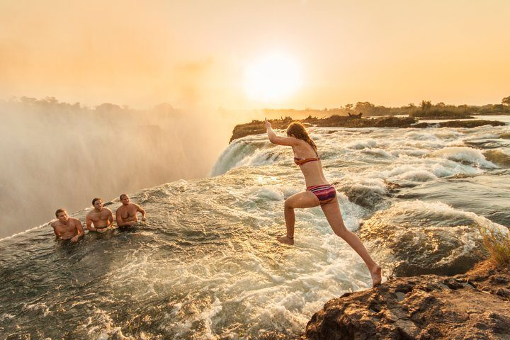 Un baño inolvidable en las cataratas Victoria