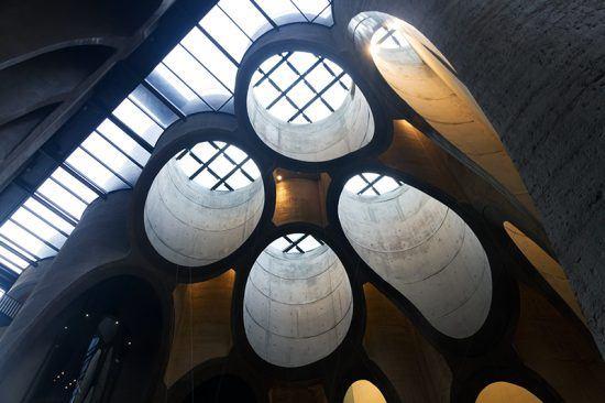 """Arquitetura de Zeitz Mocaa, na Cidade do Cabo, é uma """"exposição"""" a parte"""