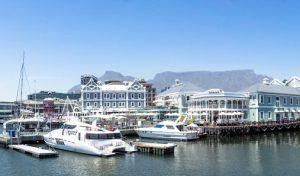 Yachten an der V&A Waterfront in Kapstadt erleben Sie mit dem Hop on-hop off Bus