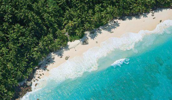 ¿A quién no le encantaría relajarse en esta playa?
