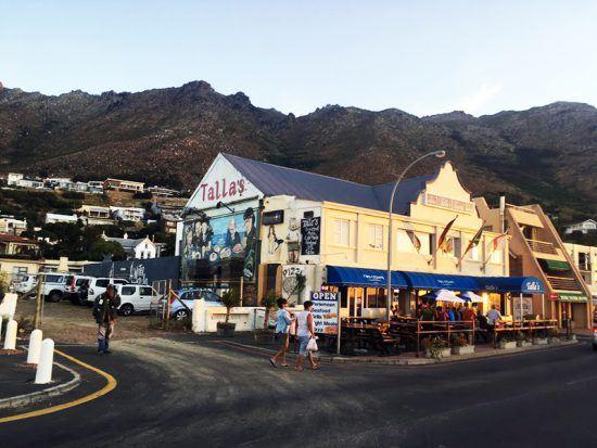 Talla's em Gordon's Bay; restaurante se destaca pela oferta de frutos do mar