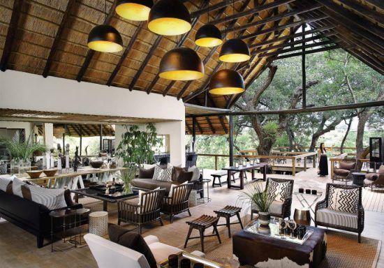 Campements du Parc Kruger | Vue intérieure du lodge principal du Tree Camp