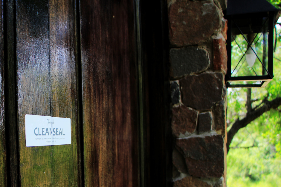 Clean seal on door at Thornybush Game Lodge