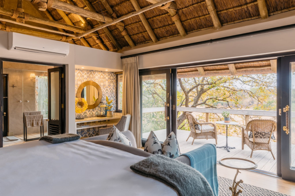 Interior of suite at Thornybush Game Lodge