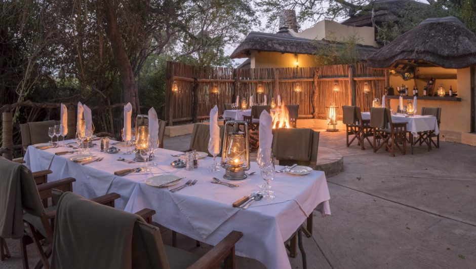 Boma-Dinner in der Jock Safari Lodge im Krüger Nationalpark