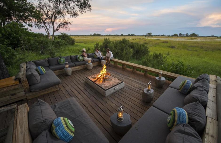 vumbura-plains-south-camp-fire-deck