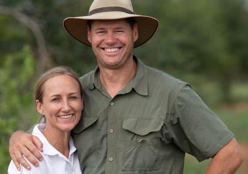 Supervisores en Senalala Safari Lodge - James & Corlia