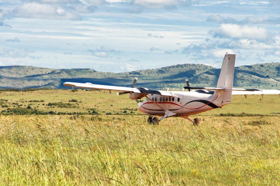 Volar en la naturaleza salvaje de África es a menudo una experiencia única e impresionante