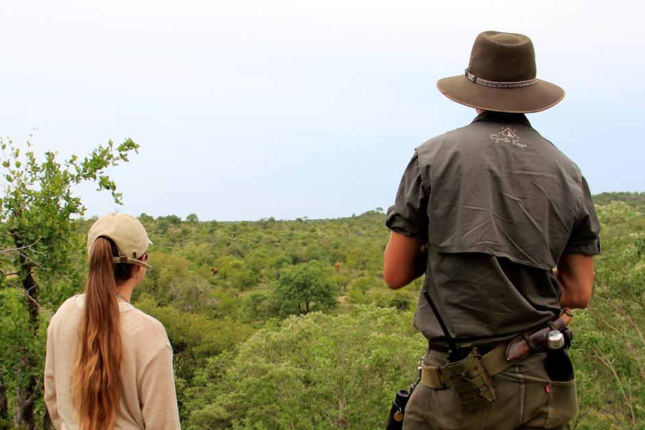 Katharina and our Safari Trails Guide gazing over the vast Kruger landscape