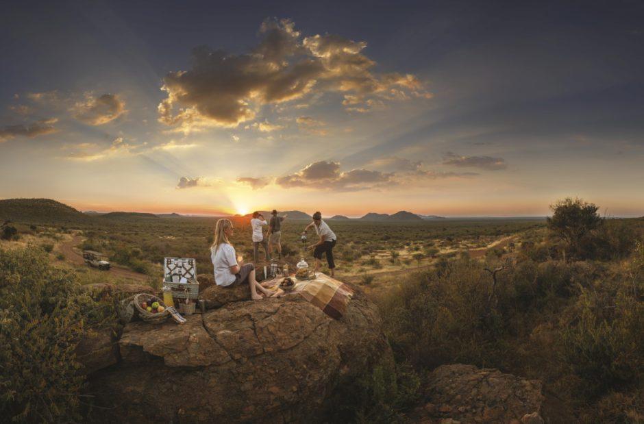 Romantic bush picnic at Tuningi Safari Lodge in Madikwe Game Reserve