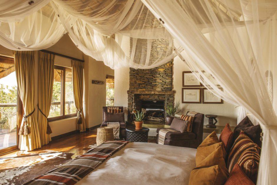 Luxury suite at Tuningi Safari Lodge