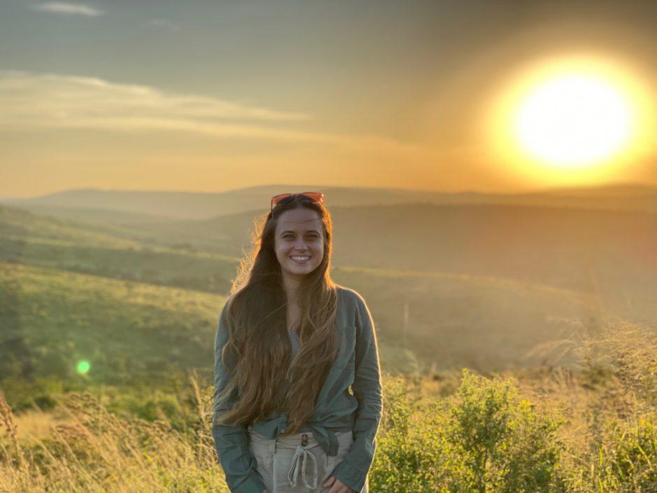 Sonnenuntergang bei der Rhino Ridge Safari Lodge in Südafrika