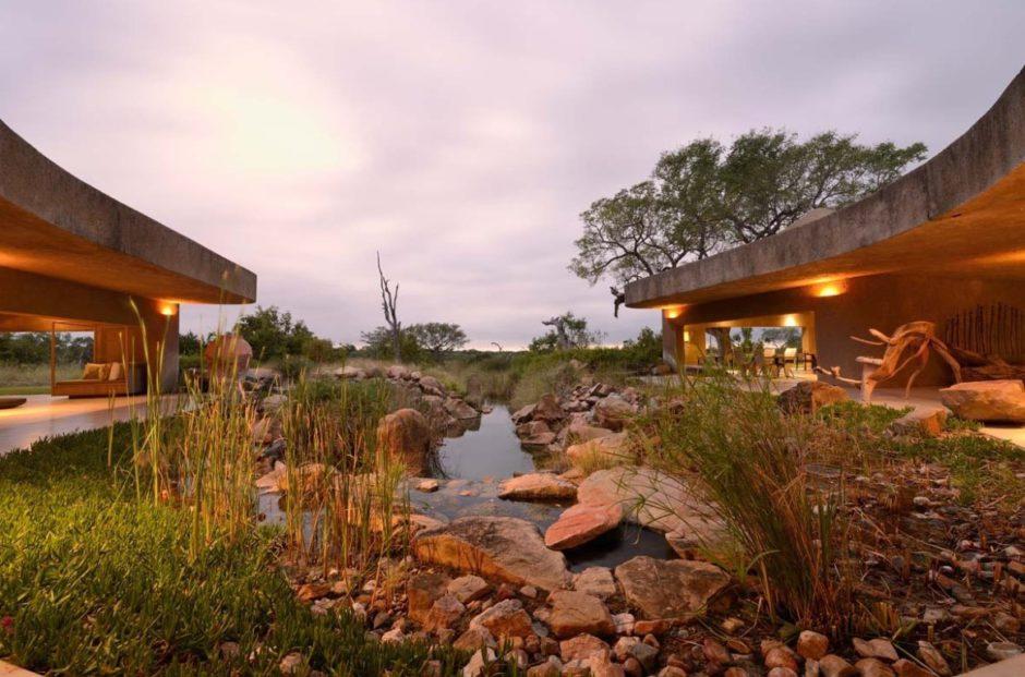 Vue époustouflante depuis l'entrée du Sabi Sabi Earth Lodge