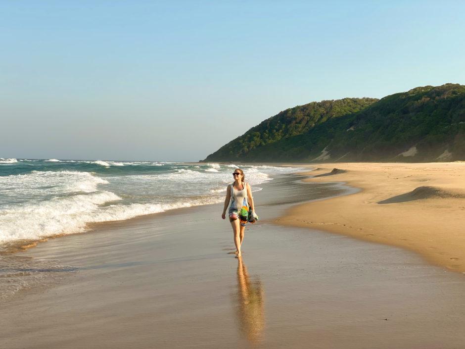Strandspaziergang nahe der Thonga Beach Lodge