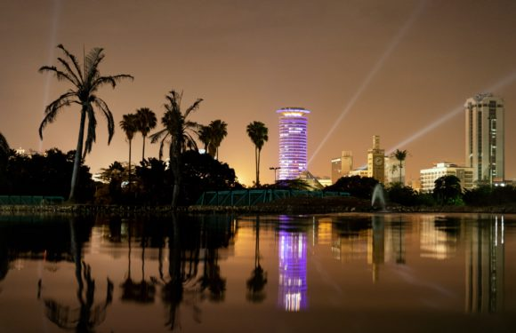 Nairobi de noche.
