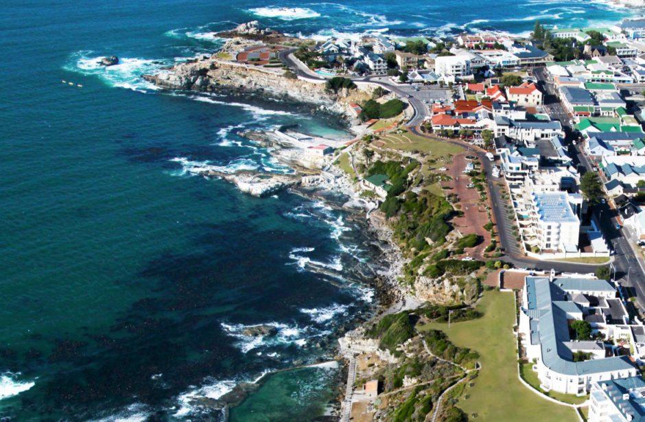 The Marine Hotel aus der Vogelperspektive